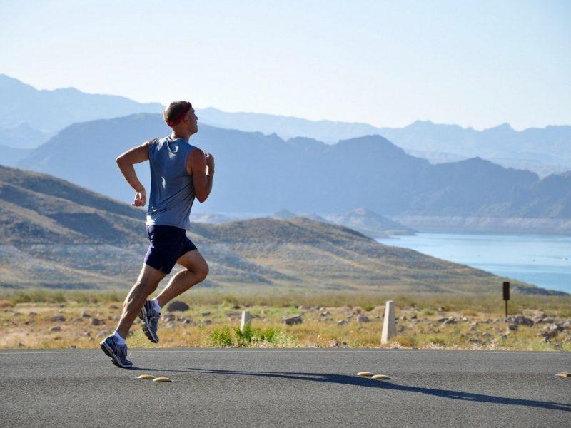Comment courir pour éviter les blessures ? Pieds nus, Minimaliste ou Drop élevé
