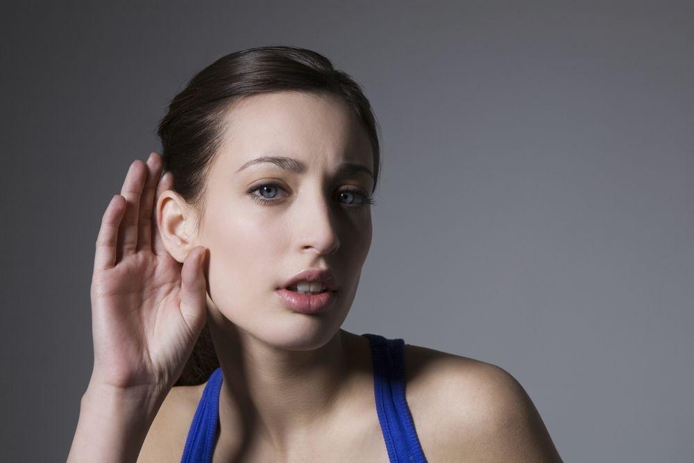 Vous entendez moins bien, peut-être souffrez-vous d'une perte auditive