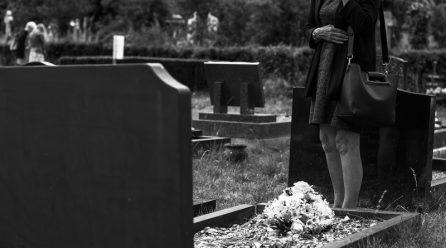 Comment préparer les funérailles d'un parent âgé